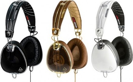avi 437x270 Skullcandy Launches Fix, Heavy Medal, Uprock & Aviator Headphones!
